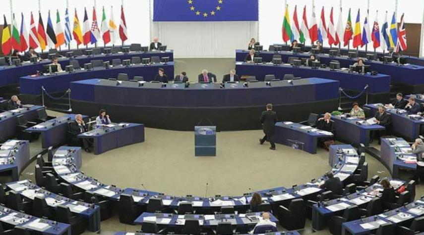 الاتحاد الأوروبي سيناقش الإثنين تطورات علاقاته مع إيران