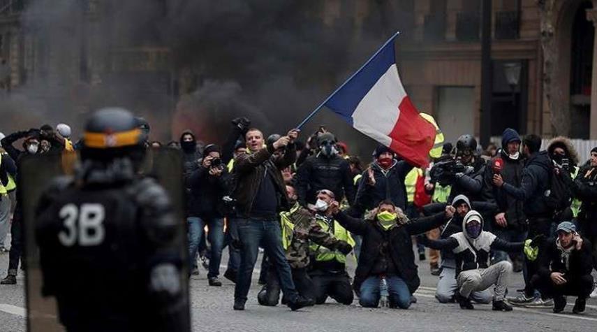 """فرنسا.. """"السترات الصفراء"""" تحشد لأسبوعها التاسع والسلطات تتأهب"""