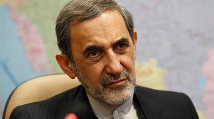 ولايتي يؤكد ان العداء لحرس الثورة هو عداء للشعب الايراني