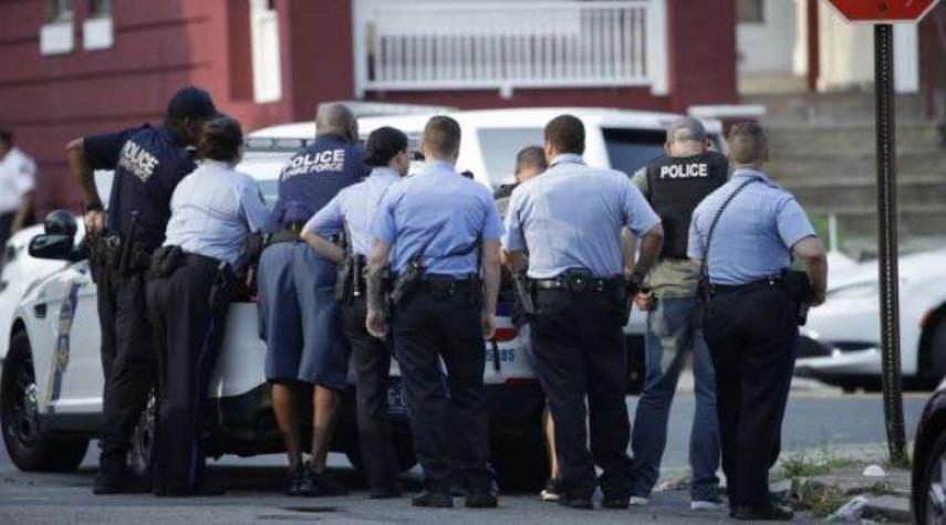 إطلاق نار في فيلادلفيا يسفر عن اصابة 5 ضباط