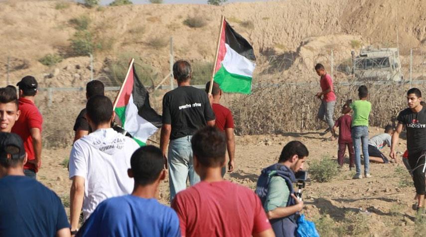 عشرات الجرحى في اعتداء الاحتلال على مسيرات العودة بغزة
