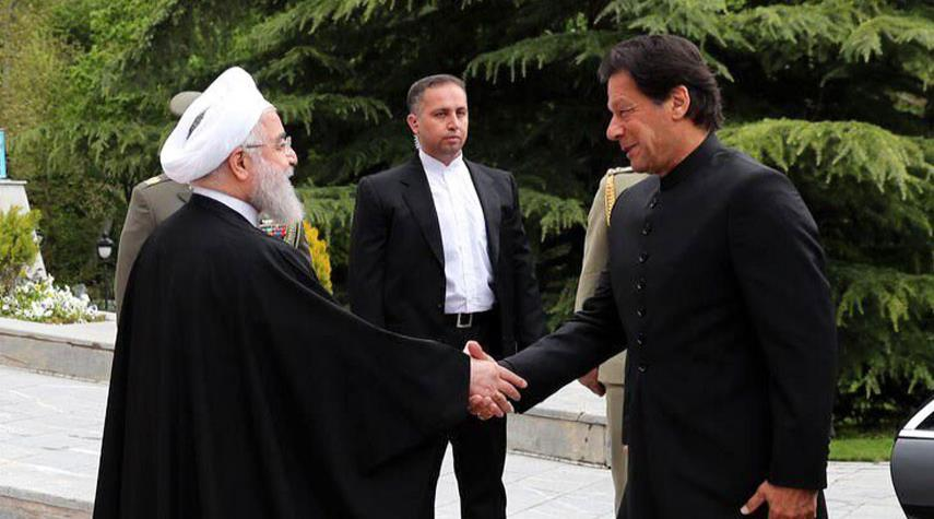 الرئيس روحاني يستقبل رئيس الوزراء الباكستاني