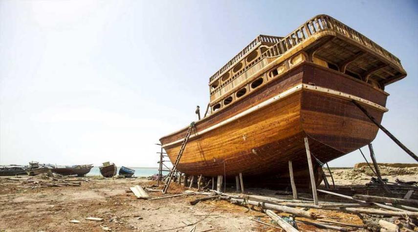 اللنج؛ صناعة المراكب الخشبية