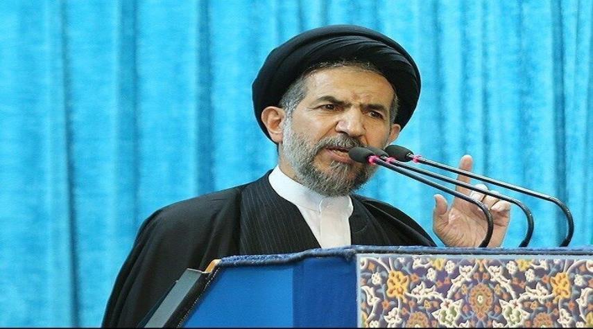خطيب جمعة طهران يؤكد على اهمية مواصلة الصمود امام اميركا