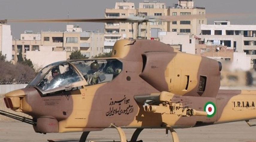 صيانة 8 مروحيات على يد كوادر الجيش الايراني