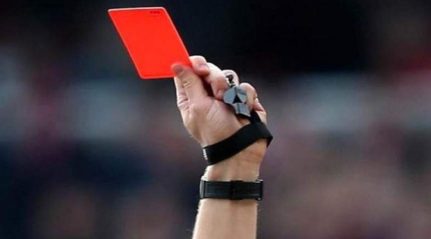 بطاقة حمراء لأي لاعب يتعمد السعال