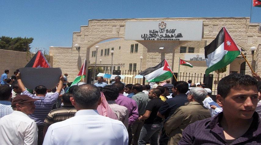 الاردن... اصابة سبعة رجال أمن في الأردن أثناء تفريق محتجين