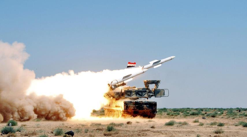 الدفاعات السورية تتصدى لهجوم صهيوني في أجواء دمشق