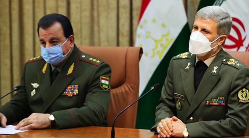 وزير الدفاع:  ايران وطاجيكستان معرضتان لتهديد الارهاب