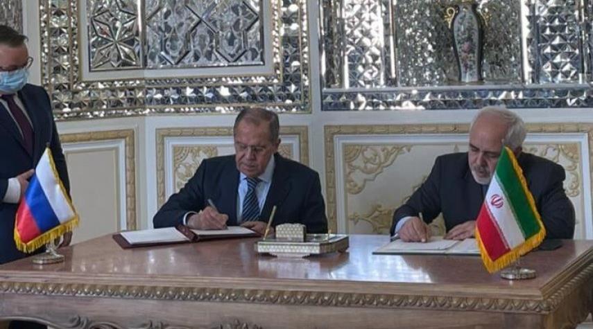 إيران وروسيا توقعان اتفاقية نشاط المراكز الثقافية