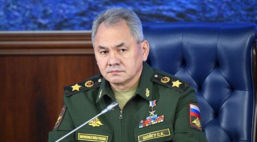 شويغو يأمر الجيش الروسي بالاستعداد للرد على أي تطورات سلبية