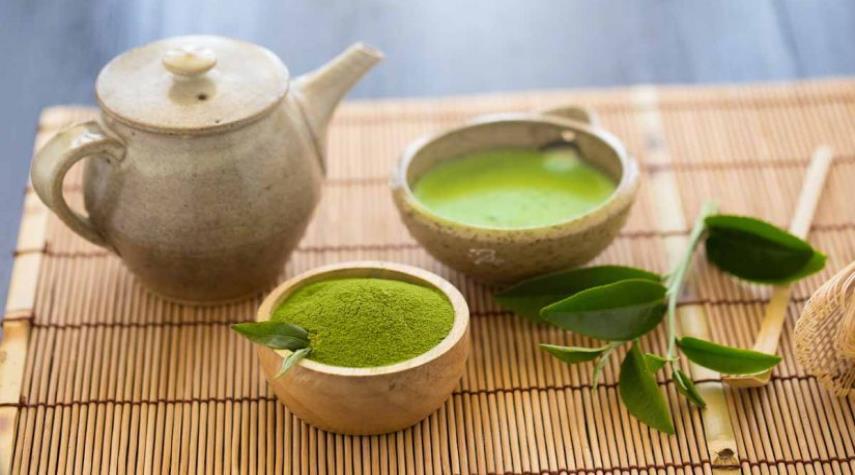 شاي ياباني لتحسين البشرة والصحة الداخلية
