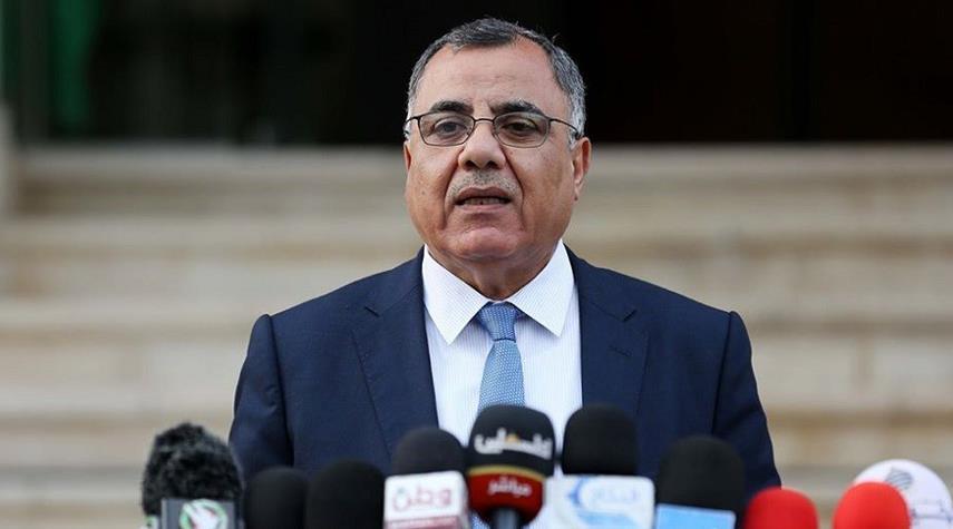 الصحة الفلسطينية تقرر إعادة لقاح كورونا لعدم مطابقتها للمواصفات
