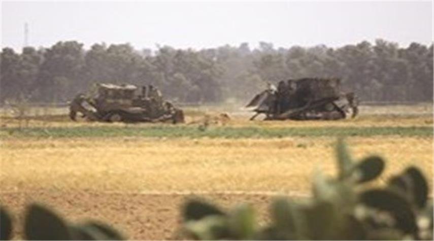 جرافات الكيان الصهيوني تتوغل جنوب قطاع غزة